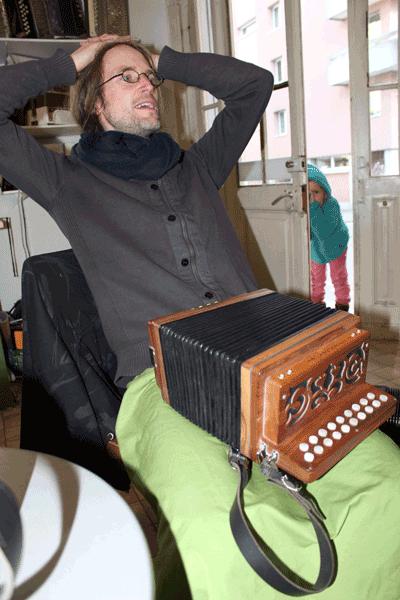 Dani Untersee von der harmonika-Werkstatt in Rorschach
